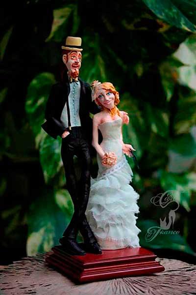 figura de resina novios tarta de boda