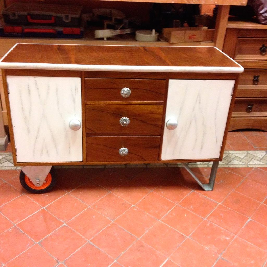 Reciclaje de mesa de alas tallerestuco - Muebles anos 60 ...