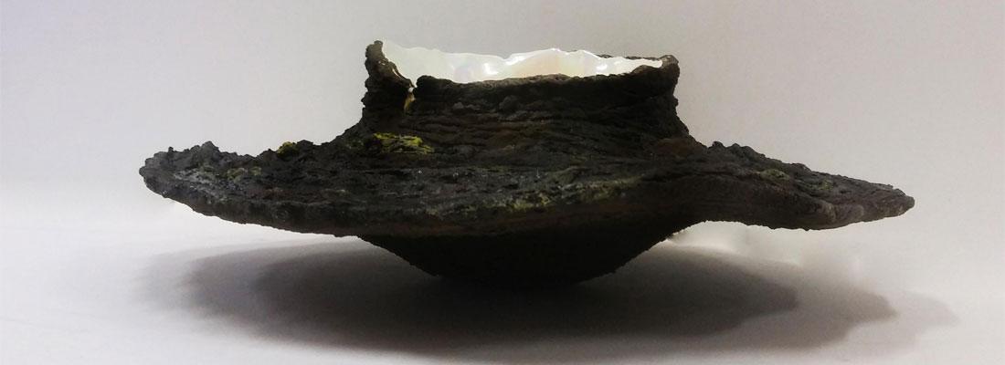 escultura de barro refractario