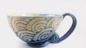 taza de cerámica esmaltada a mano
