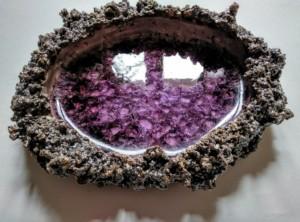 recipiente de ceramica con cristales fundidos