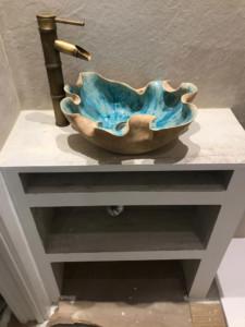 lavavo de ceramica azul