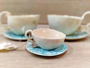 familia de tazas de ceramica