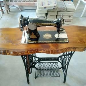 1 maquina de coser taller de restauración de muebles